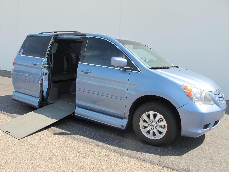 2010 Honda Odyssey - Photo 1 - Phoenix, AZ 85040