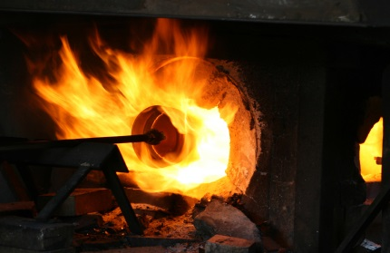 glass-blowing-furnace