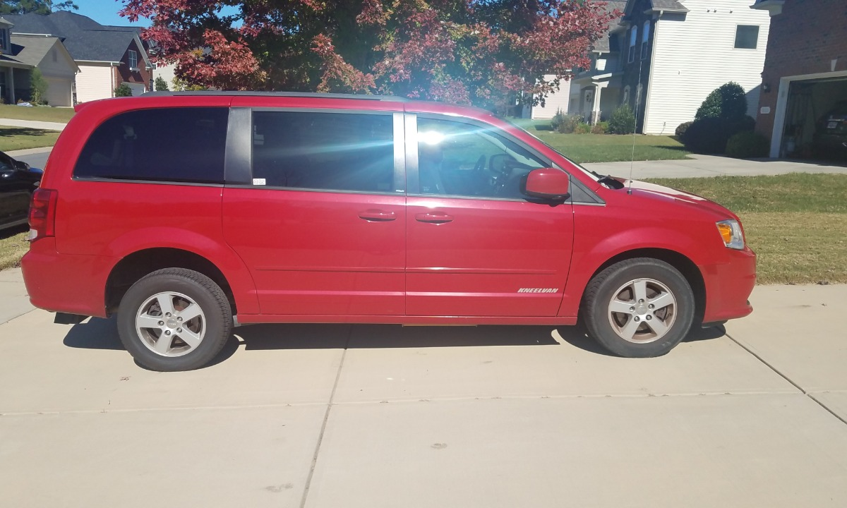 Used 2013 Dodge Grand Caravan  Wheelchair Van