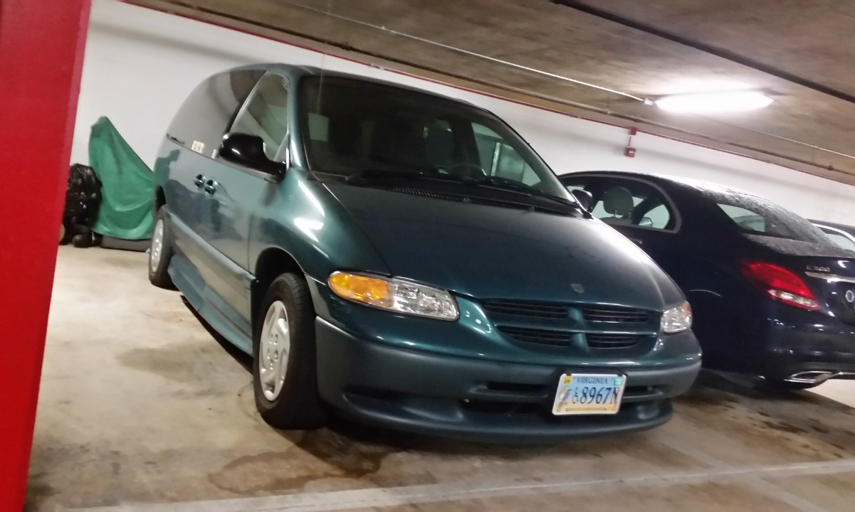 Used 2000 Dodge  GRAND CARAVAN SE/SPORT SE Wheelchair Van