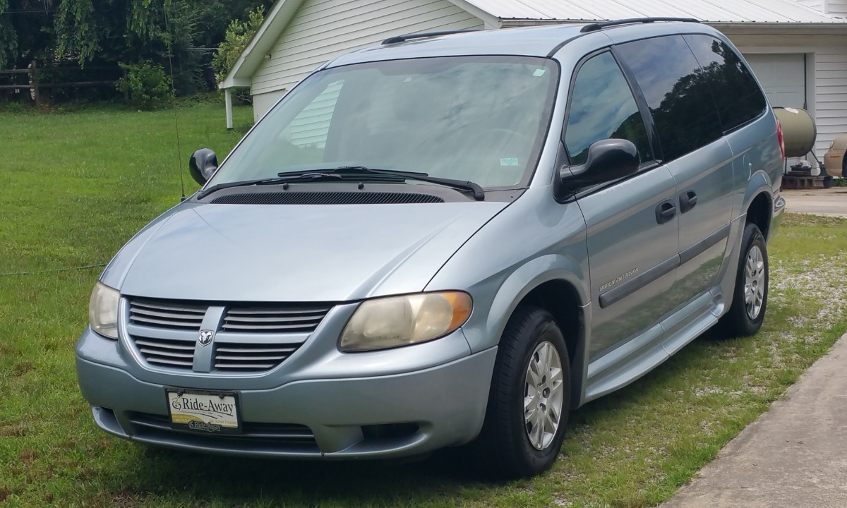 Used 2006 Dodge Grand Caravan  Wheelchair Van