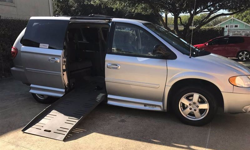 2007 Dodge Grand Caravan Wheelchair Van For Sale 1