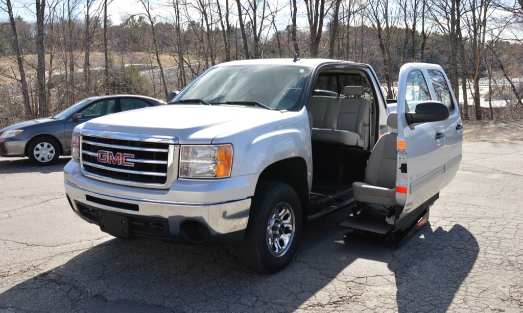 Used 2013 Gmc Sierra 1500 SLE 4X4 Wheelchair Van