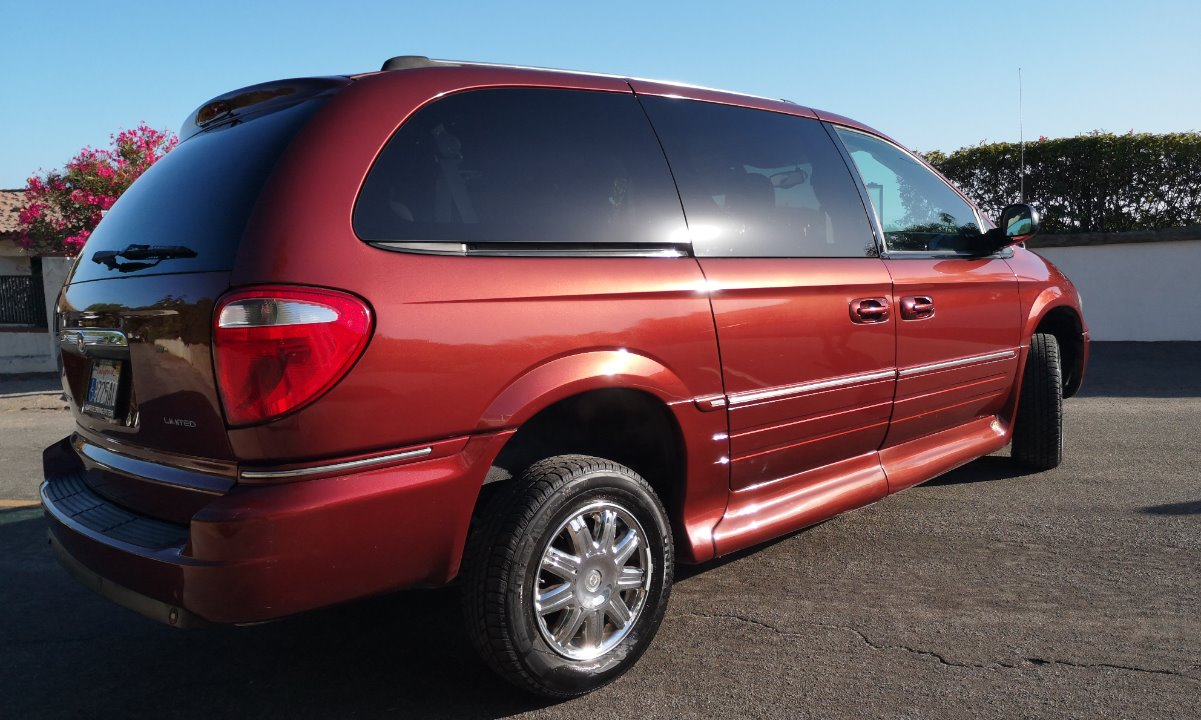 Used 2007 Chrysler TOWN 7 COUNTRY LIMITED  Wheelchair Van