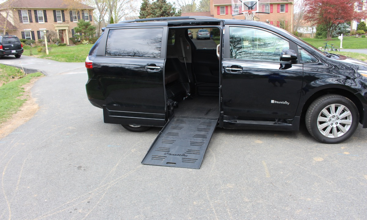 Used 2016 Toyota Siena XLE LIMITED Wheelchair Van