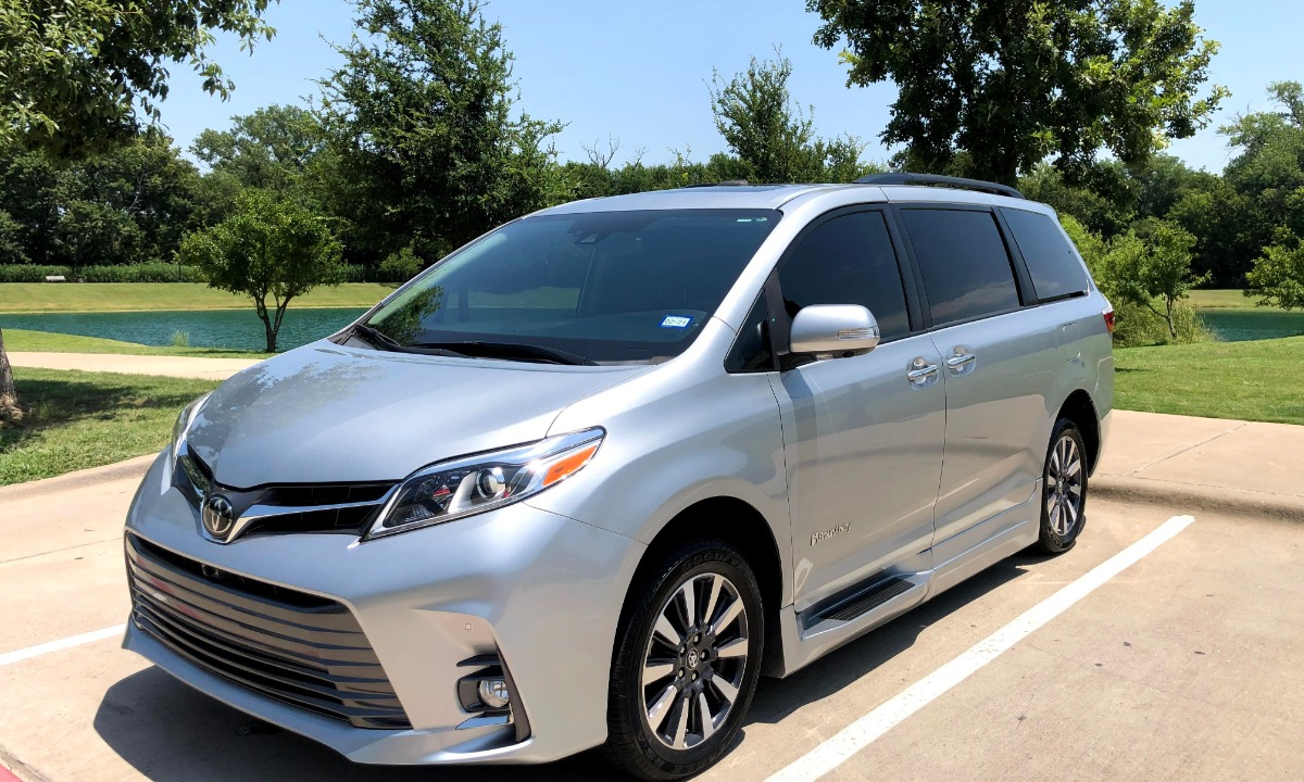 Used 2019 Toyota  SIENNA LIMITED PREMIUM Wheelchair Van