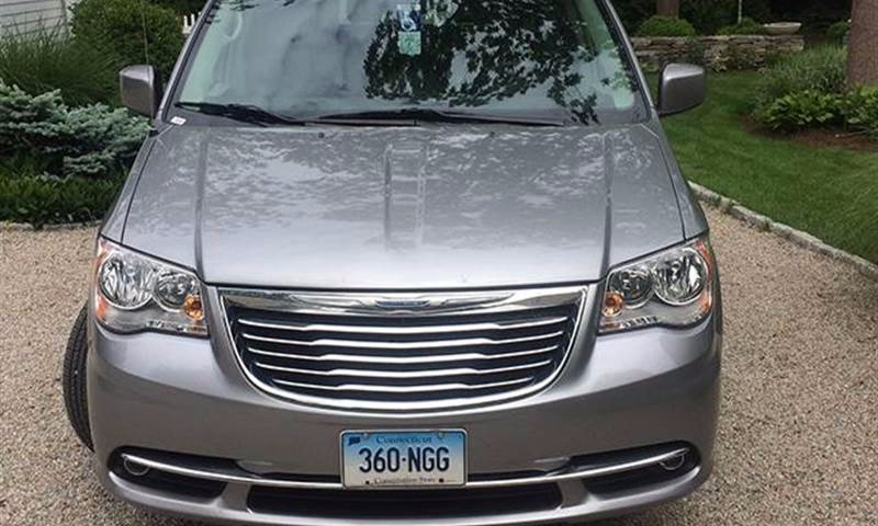 Used 2016 Chrysler Town & Country  Wheelchair Van