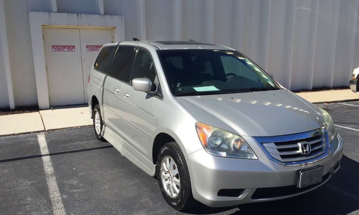 2009 Honda Odyssey EX-L Wheelchair Van For Sale
