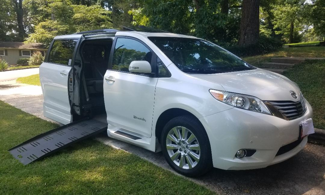 Used 2013 Toyota Sienna LIMITED Wheelchair Van