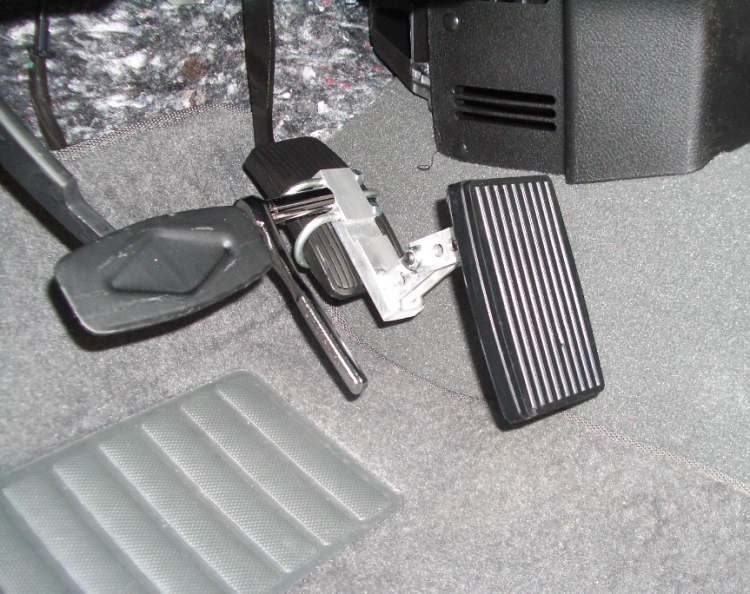 Best Gas and Brake Pedal Extender for Cars